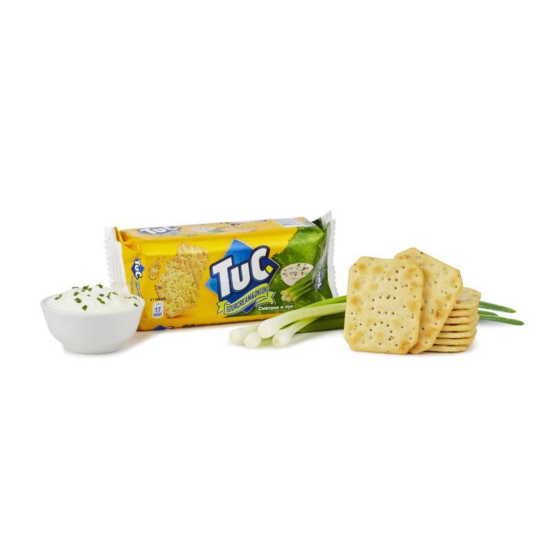 Мини-крекер  Tuc  cо вкусом сметаны и лука 100гр.
