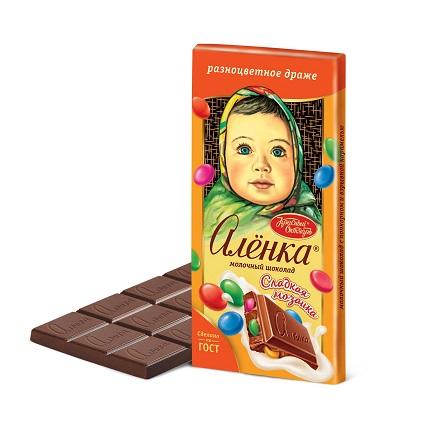 Шоколад Аленка с разноцветным драже 90 гр